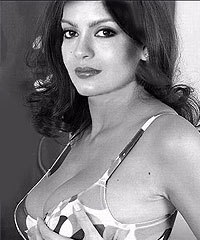 Sexy photos of zeenat aman